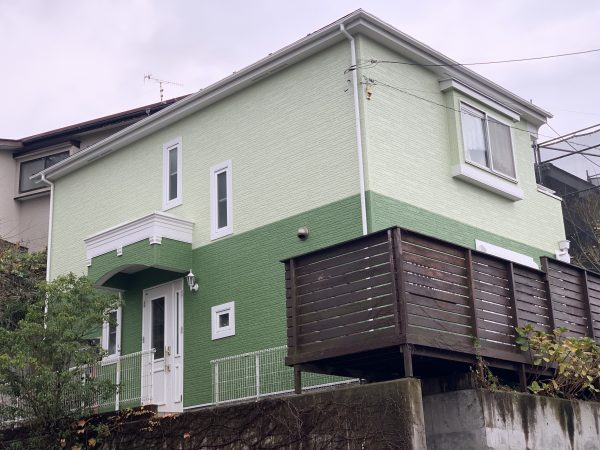 藤沢市K様邸外壁・屋根・付帯部・塗装・ベランダ防水・シーリング工事